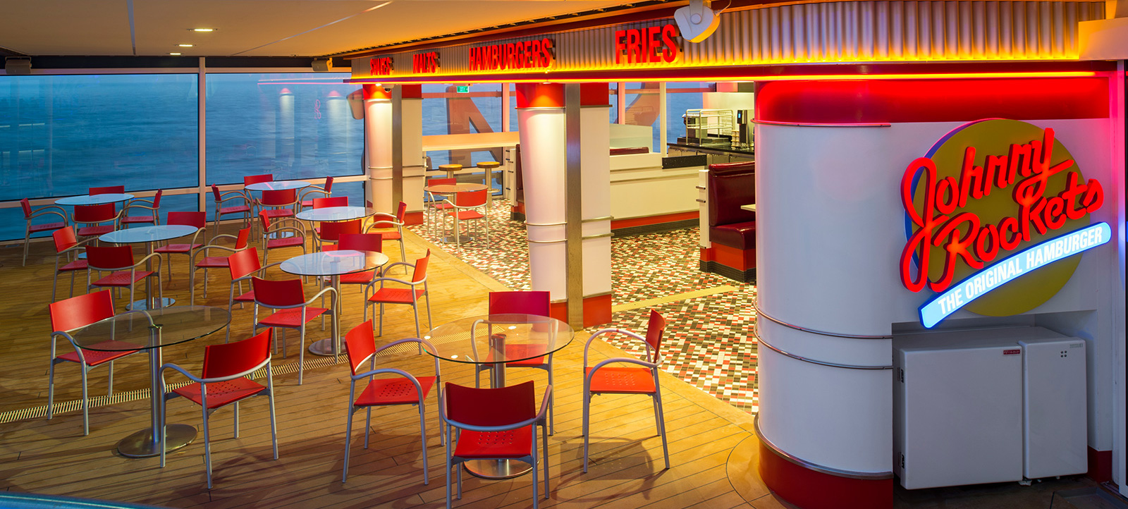 Quantum of the Seas - JohnnyRockets - Photo: royal caribbean cruise line